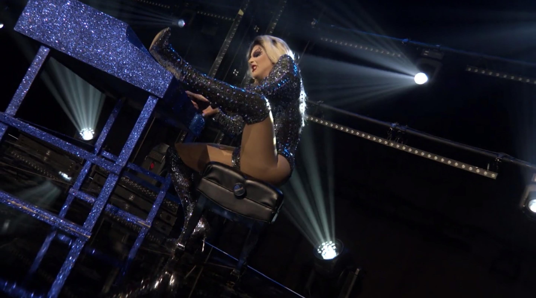 Jan as Lady Gaga.
