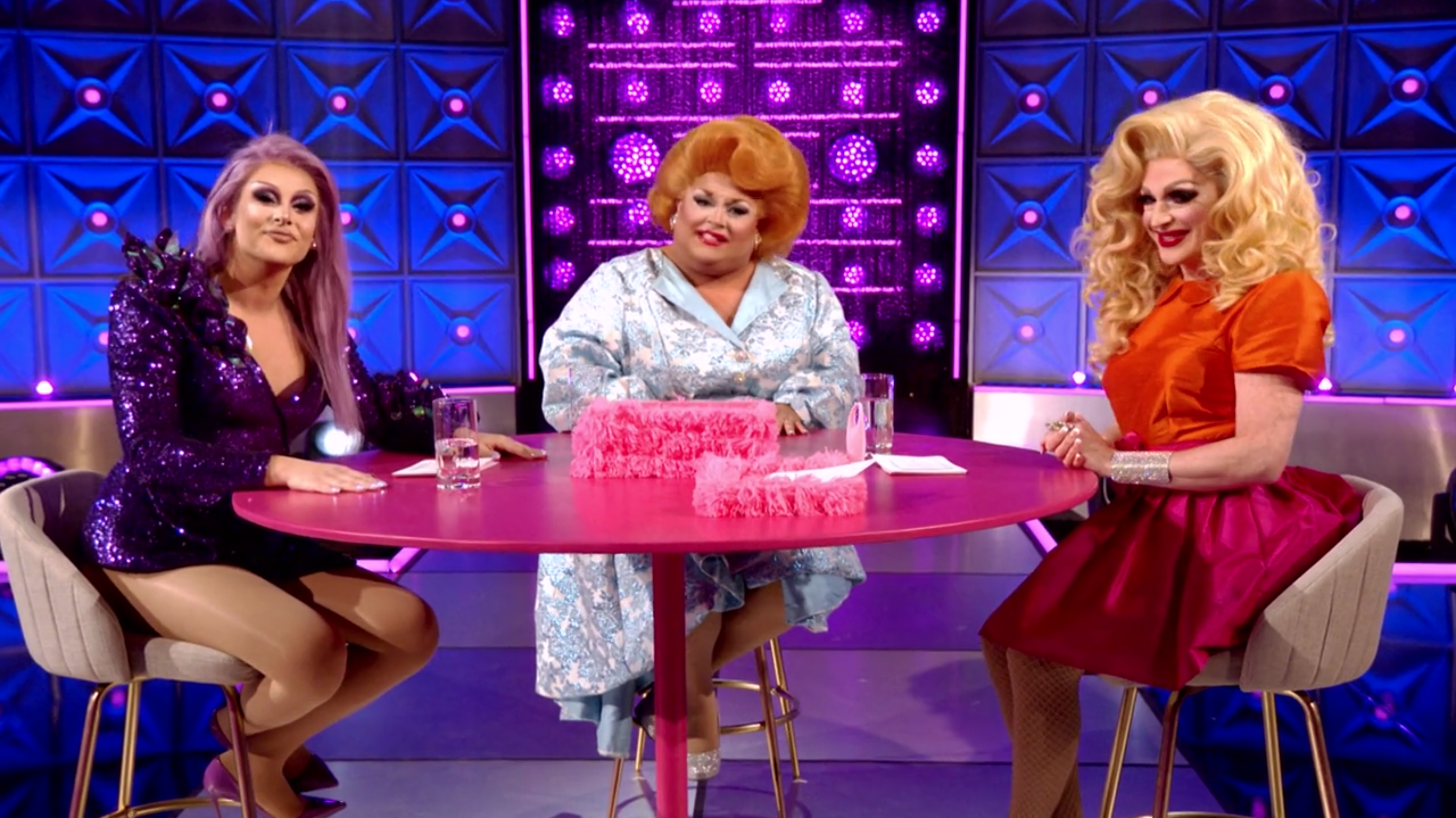 Pandora, Ginger and Jan's Pink Table Talk about body.